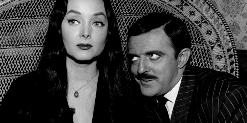 Morticia et Gomez Addams la famille Addams conseil Crazy Poppins